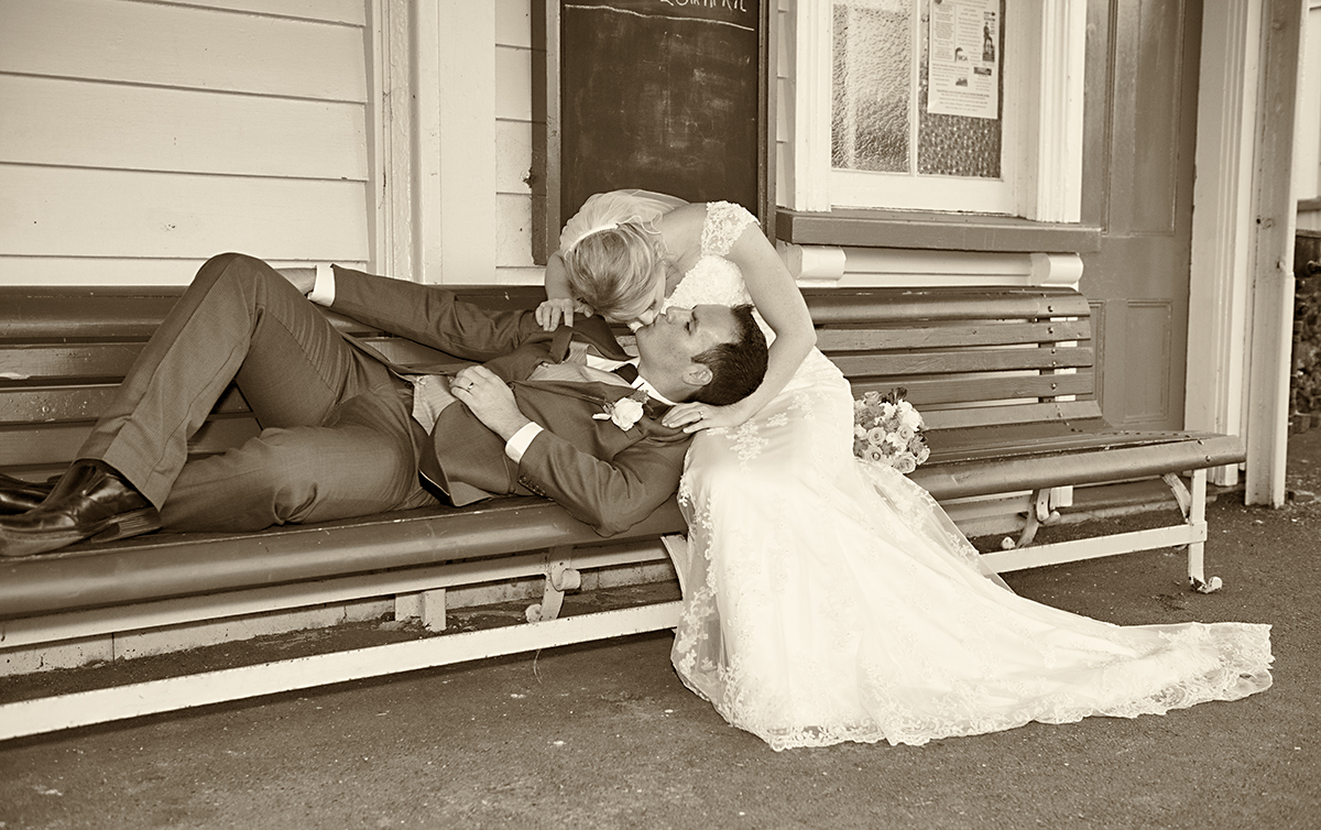 wedding at heritage park Whangarei NZ. Photo captured by wedding photographer Angelika Thorn