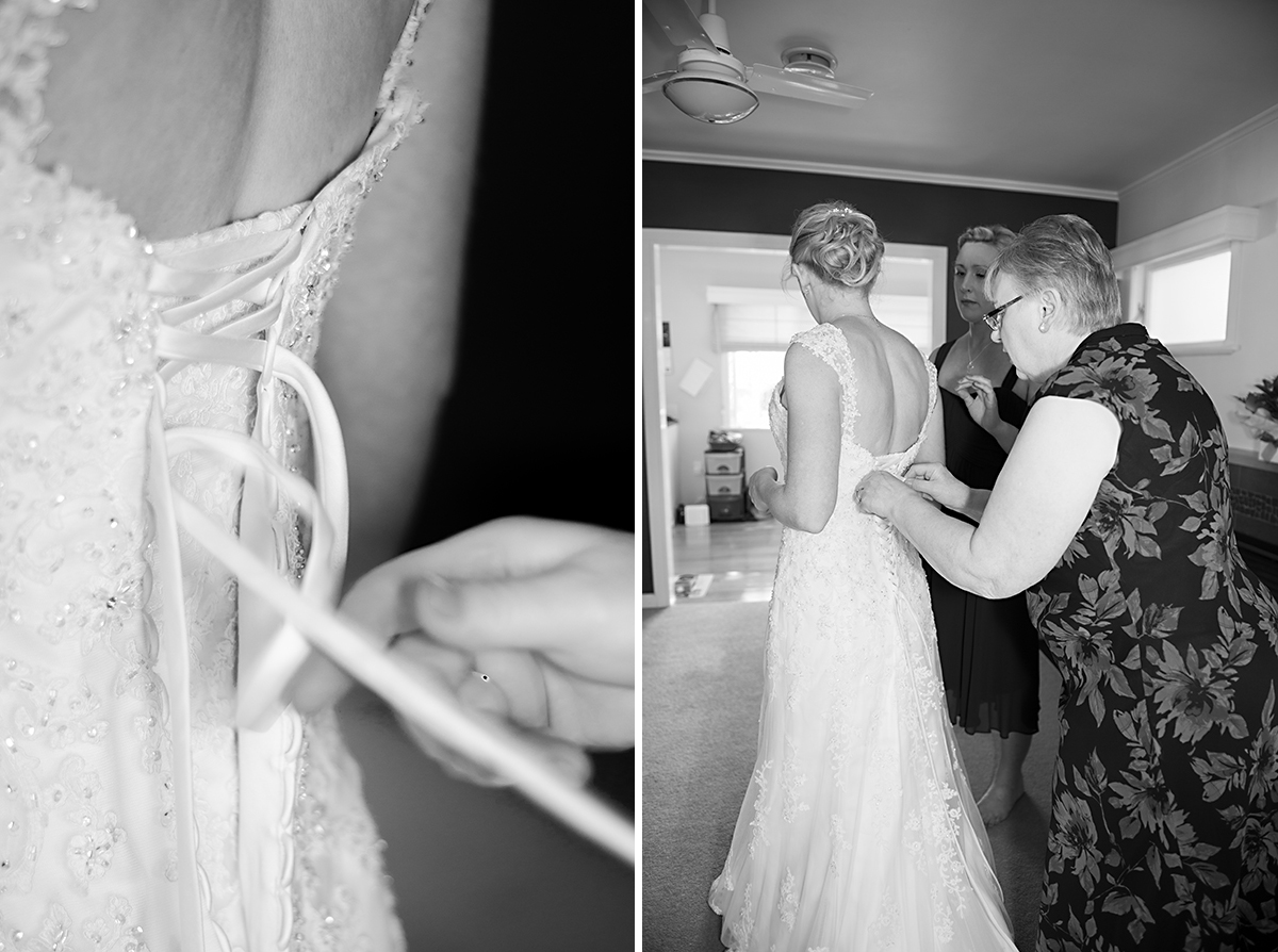 mom helps bride to get ready for the wedding